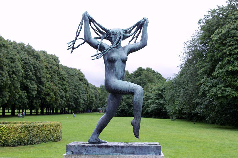 vigeland-sculpture-park-in-oslo