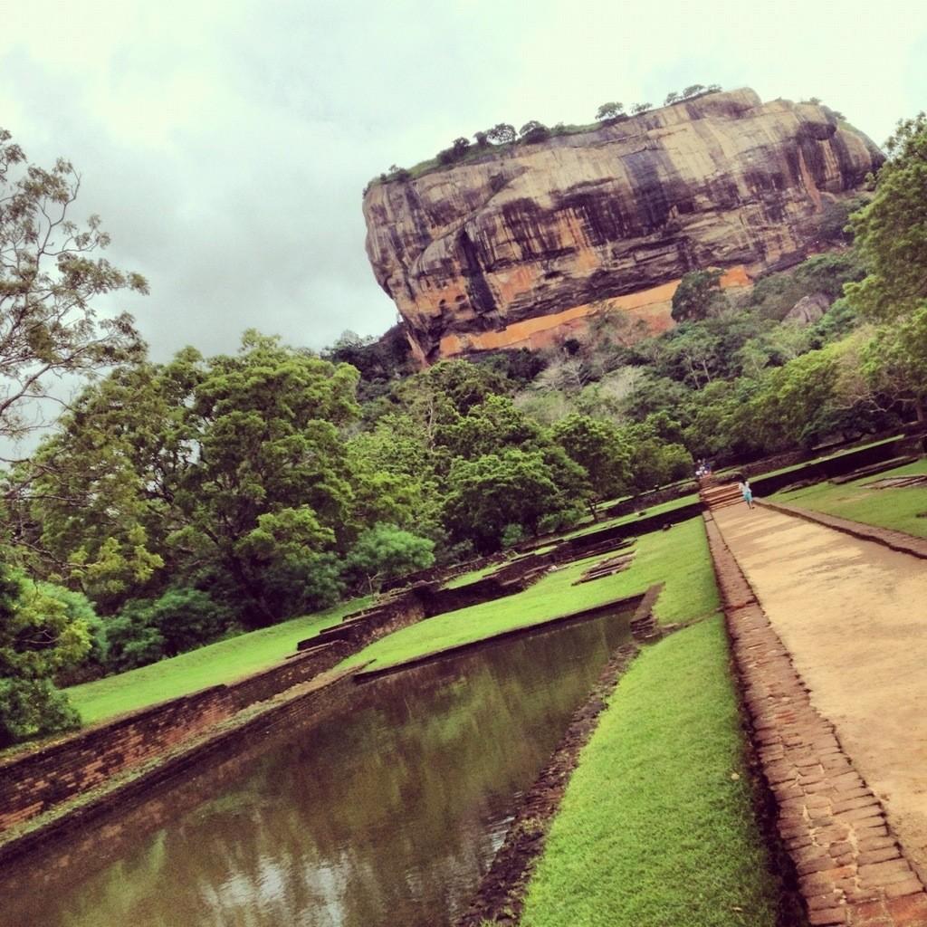 Visit Sigiriya and the Golden Temple of Dambulla in Sri Lanka
