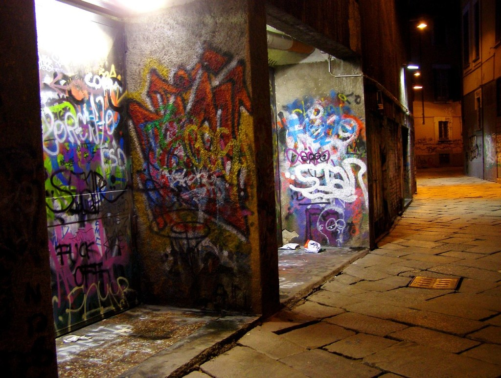A_solitary_night_walk_in_dark_alleys