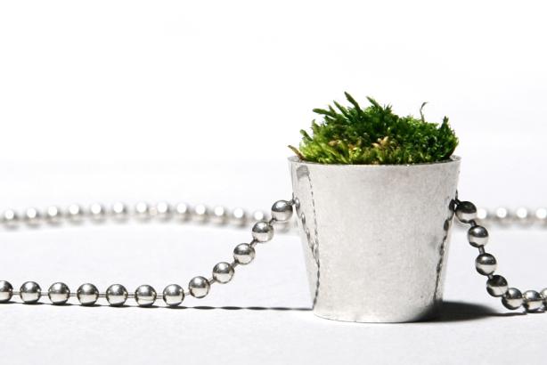 Growing Jewelry by Hafsteinn Juliusson