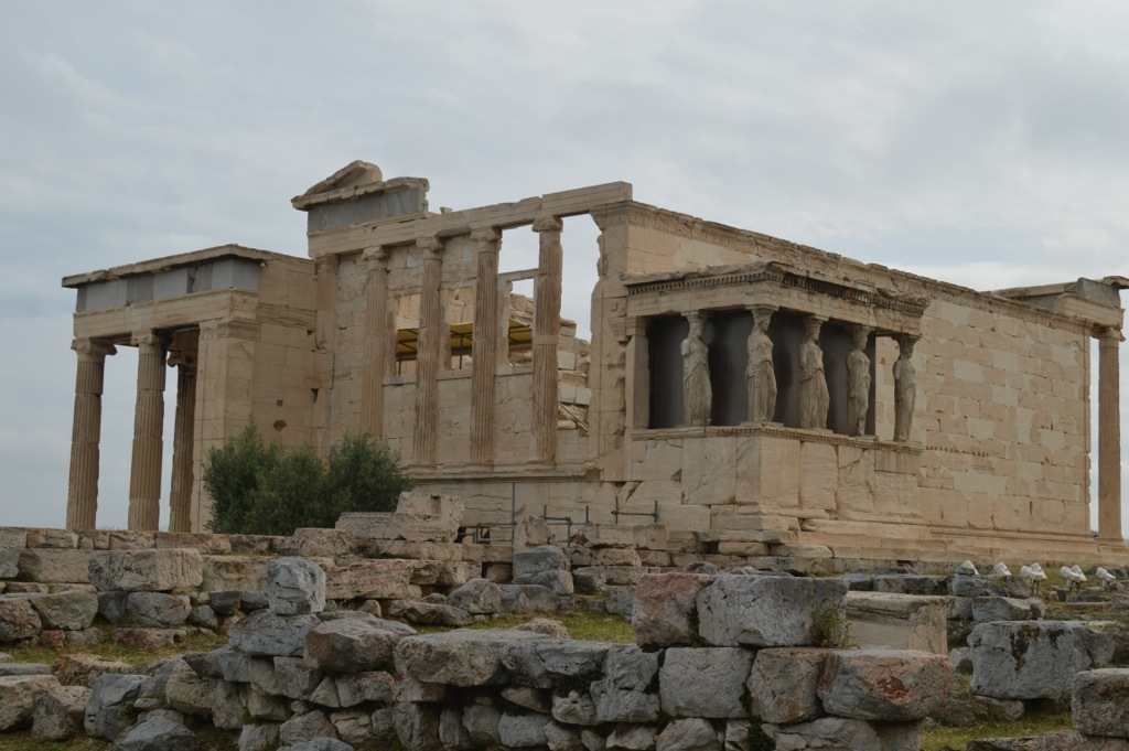 Acropoli, the emblem of the ancient Greek