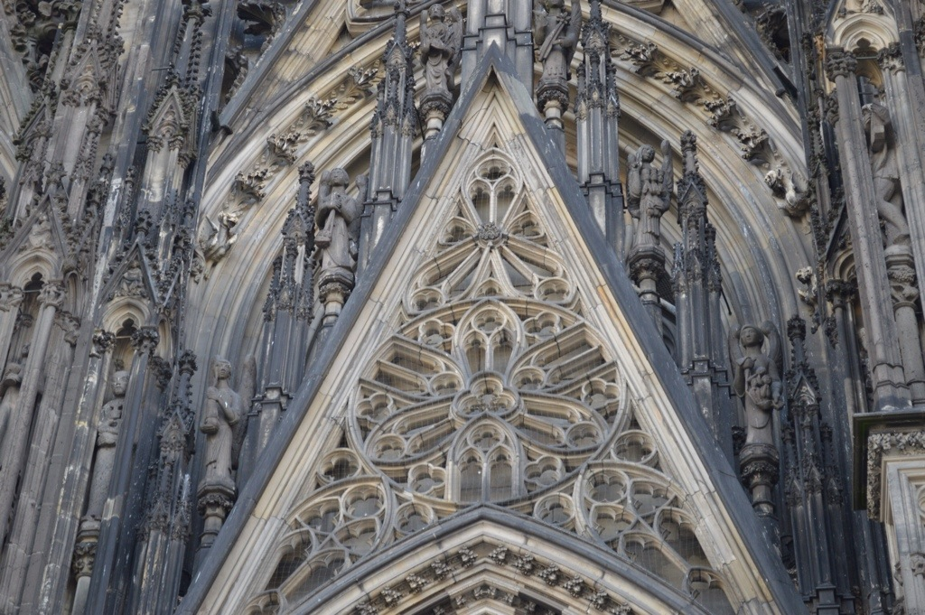 Cologne Cathedral and the Shrine of 3 Kings
