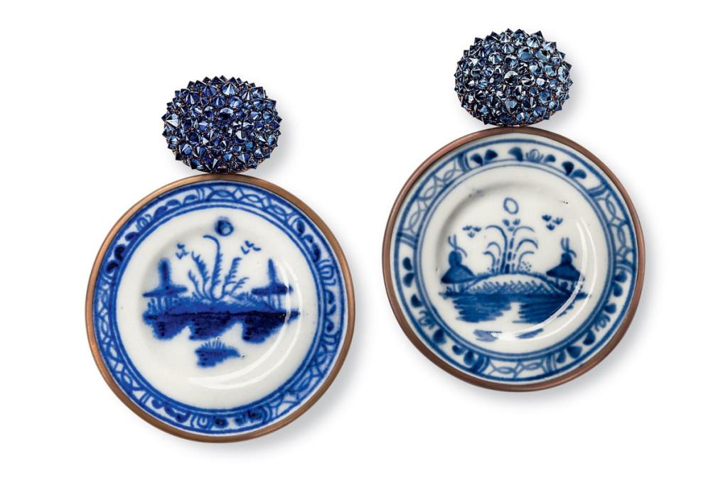 hemmerle-earrings-sapphires-porcelain-gold-copper