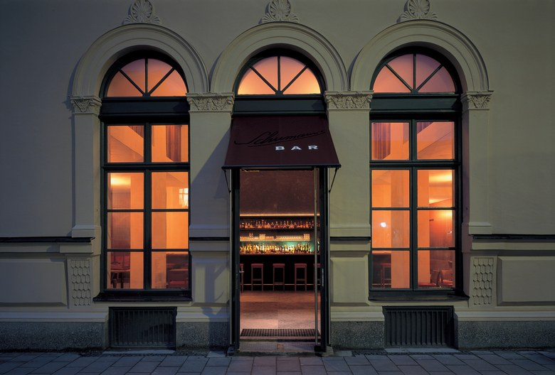 cocktail-bar-in-munich-germany